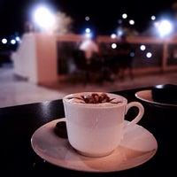 Снимок сделан в Emporio Armani Café- The Pearl Qatar пользователем Essa 10/12/2013