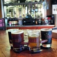 รูปภาพถ่ายที่ NoDa Brewing Company โดย Chris C. เมื่อ 11/30/2012