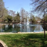 Photo prise au Theta Pond par Beau M. le4/15/2013