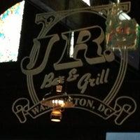 11/29/2012 tarihinde Beau M.ziyaretçi tarafından JR's Bar & Grill'de çekilen fotoğraf