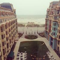 Das Foto wurde bei Bally's Casino & Hotel von Gizem O. am 5/23/2013 aufgenommen