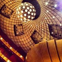 12/3/2012에 Chelle .님이 David H. Koch Theater에서 찍은 사진
