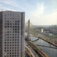 Foto scattata a Sheraton São Paulo WTC Hotel da Mario A. il 10/3/2012