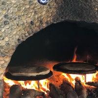 Foto tirada no(a) Delikyol Deniz Restaurant Mehmet'in Yeri por Makbule C. em 8/14/2019