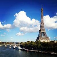 Das Foto wurde bei Pont de Bir-Hakeim von Aik S. am 10/28/2012 aufgenommen