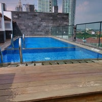 Foto tomada en Liberta Hotel Kemang (formerly favehotel Kemang) por Gwen R. el 4/24/2013