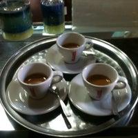 Foto tirada no(a) Café Batlle por Felipe R. em 4/5/2014