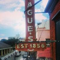 Das Foto wurde bei Tujague's Restaurant von Melissa C. am 6/17/2013 aufgenommen