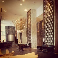5/20/2013에 Sandeep B.님이 LivingRoom Lounge At The W SouthBeach에서 찍은 사진