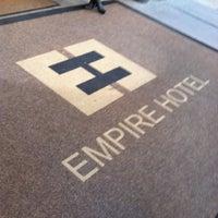 Foto scattata a The Empire Hotel da Jessica w/ E. il 12/30/2012