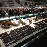 Photo prise au SOMA chocolatemaker par Sammy O. le11/17/2012