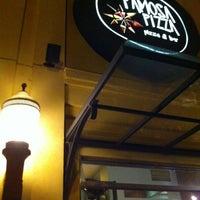 Foto diambil di Famosa Pizza oleh Anielle R. pada 1/19/2013
