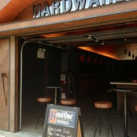 Foto scattata a Hardware Bar da Greg H. il 4/8/2013