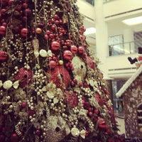 12/3/2012 tarihinde Wein F.ziyaretçi tarafından Plaza Indonesia'de çekilen fotoğraf