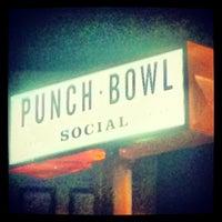 Foto tirada no(a) Punch Bowl Social por Shawn C. em 4/27/2013