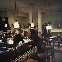Das Foto wurde bei Café Leonar von Felix v. am 10/2/2014 aufgenommen
