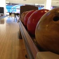 12/7/2012 tarihinde Alper S.ziyaretçi tarafından RollingBall Bowling'de çekilen fotoğraf