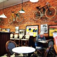 Foto diambil di Newberry Bros. Coffee oleh Carmen L. pada 11/29/2014