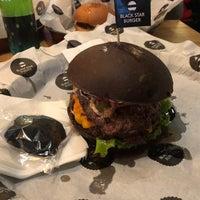 10/12/2018 tarihinde Klaus K.ziyaretçi tarafından Black Star Burger Prime'de çekilen fotoğraf
