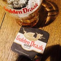 Снимок сделан в Gulden Draak Bierhuis пользователем Martin M. 12/31/2016
