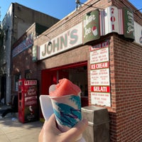 Photo taken at John's Water Ice by Alex H. on 9/7/2021