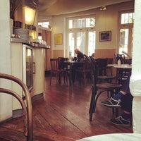 Lesecafé Café In Sachsenhausen Nord
