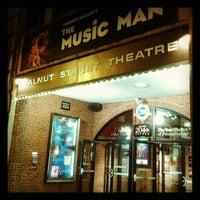 11/24/2012 tarihinde Kelsey S.ziyaretçi tarafından Walnut Street Theatre'de çekilen fotoğraf