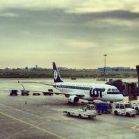 6/6/2013にYuri S.がワルシャワ ショパン空港 (WAW)で撮った写真