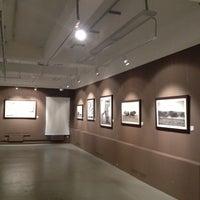Foto scattata a The Lumiere Brothers Center for Photography da Ksenia P. il 12/8/2012