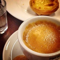 Foto tirada no(a) B.LEM Portuguese Bakery por Liana M. em 7/15/2014