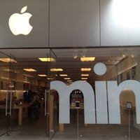 4/15/2013에 Jason O.님이 Apple Century City에서 찍은 사진