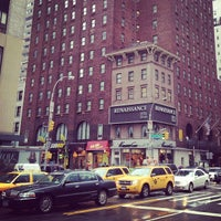 Das Foto wurde bei Renaissance New York Hotel 57 von Sergey T. am 3/12/2013 aufgenommen