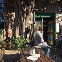 Foto scattata a Appia Antica Caffe da Yishyene C. il 10/25/2014