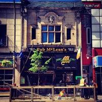 Foto tirada no(a) McLean's Pub por Stuart A. em 5/27/2013