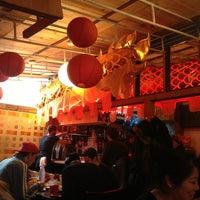 Foto diambil di Mission Chinese Food oleh Dan S. pada 3/21/2013