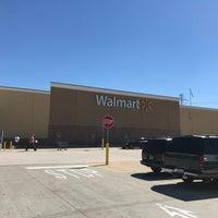 รูปภาพถ่ายที่ Walmart Supercenter โดย Steve R. เมื่อ 10/23/2017