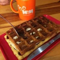 Снимок сделан в W&M Waffles & More пользователем Hugo E. 2/10/2019