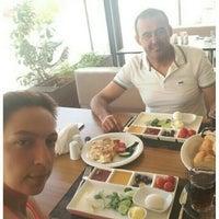 Снимок сделан в Börekhan - Osmanlı Saray Mutfağı Lezzetleri пользователем 👧Hatice 💏 Ö. 6/5/2016