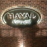 Снимок сделан в Hayal Kahvesi пользователем Ozan Ö. 1/10/2013