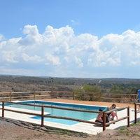 รูปภาพถ่ายที่ Terrazas de Tanti โดย Lucas K. เมื่อ 10/14/2013