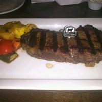รูปภาพถ่ายที่ Taste of Texas โดย Susan C. เมื่อ 11/26/2012