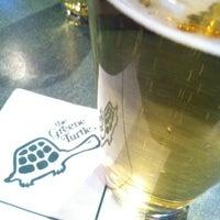 Das Foto wurde bei The Greene Turtle von jaymette am 4/4/2013 aufgenommen