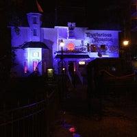 9/2/2013 tarihinde Mike F.ziyaretçi tarafından Mysterious Mansion'de çekilen fotoğraf