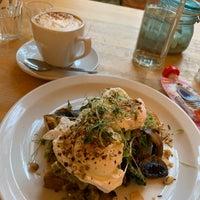 Снимок сделан в Broughton Delicatessen & Café пользователем Natalie M. 10/23/2019