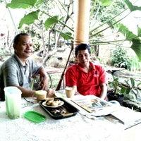 รูปภาพถ่ายที่ Cilebut, Bogor โดย Dwiki S. เมื่อ 2/1/2014