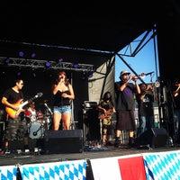 Foto scattata a OB Oktoberfest da Carlos C. il 10/10/2014