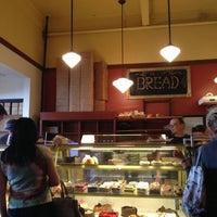 7/27/2013 tarihinde Stephen L.ziyaretçi tarafından Bakery Nouveau'de çekilen fotoğraf