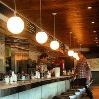 8/2/2013にErik J.がPhoenicia Dinerで撮った写真