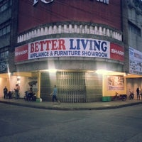 Foto scattata a Better Living Appliance Center da Japheth G. il 7/4/2014