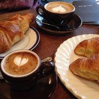 11/4/2014 tarihinde Caspar Clemens M.ziyaretçi tarafından bagel, coffee & culture'de çekilen fotoğraf